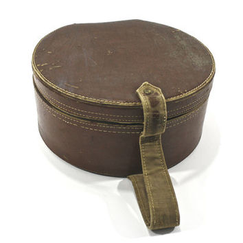 Vintage Train Case / Vintage Hat Box