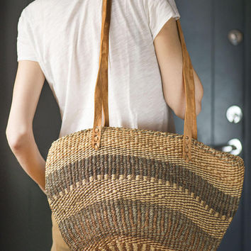 Beige Brown Sisal Bag. Woven Bag Vintage. Ethnic Tote Woven Fiber. Beach Bag Striped. Shopping bag. African Style Handmade Boho Bag Big