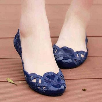 Women Summer Hollow Pattern Sandals Casual Beach Flat Nurse Jelly Shoes