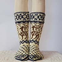 6 7 36 37.7 Handknit thick warm women men long wool socks scandinavian winter deers moose white red blue winter fashion europe
