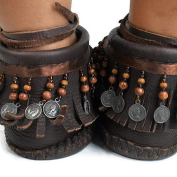 Vintage Handmade Native American Moccasins Dark Brown Leather Beads Coins