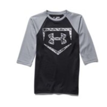 Under Armour Boys' UA 9 Strong  Sleeve T-Shirt