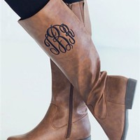 riding boots in brown with monogram