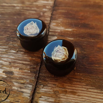 "Pair White Rosebud ear plugs Wood ,Wooden tunnels,wood resin 0g,00g;8,10,12,14,16,18-30 mm;5/16,3/8,7/16,1/2,9/16,5/8,11/16,13/16"" inch"