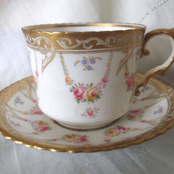 Aynsley cup and saucer decorated with flowers and gilding. Ideal for vintage wedding, tea shop or display