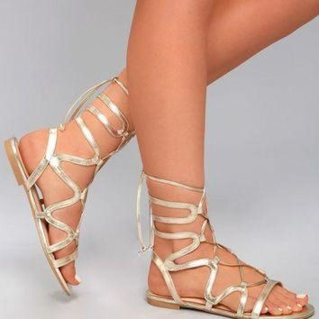 DCK7YE Tiara Gold Gladiator Sandals