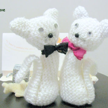 Male and Female cat amigurumi, Two crochet cats, wedding cats cake topper white, Valentine's Cats