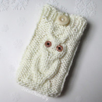 iPhone 5/ 4 case iPod Touch Nexus 7 Android phone bag Blackberry holder Smartphone HTC Droid Incredible sleeve, Owl knit in Ivory/ Off White