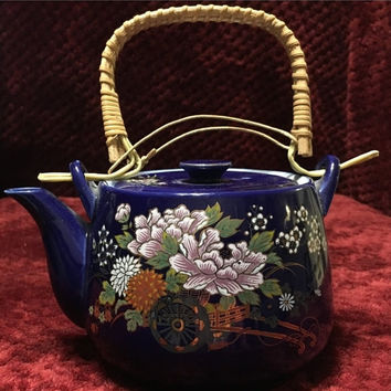5 DAY SALE (Ends Soon) Vintage Cobalt Blue Japanese Teapot w/built in filter