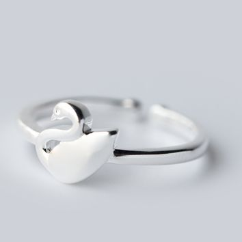 Lovely Little swan 925 sterling silver ring, a perfect gift