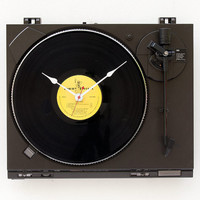 Recycled Technics Turntable Clock by pixelthis on Etsy