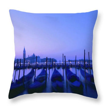 Venice Gondola Pillow.  Violet Venice Throw Pillow Cover. Venetian View Cushion. Venice Italy Pillow Cover. Venice Photo Art Home Decor.