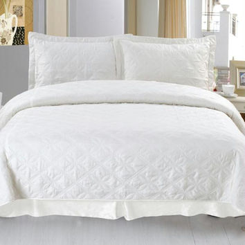 Lavish Home Andrea Embroidered Quilt 3 Pc. Set - King