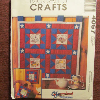 SALE Uncut McCall's Sewing Pattern, 4067! Homeland Treasures/Home Decor/Interior Design/The American Quilt/Embroidery/Quilt Squares/Motifs