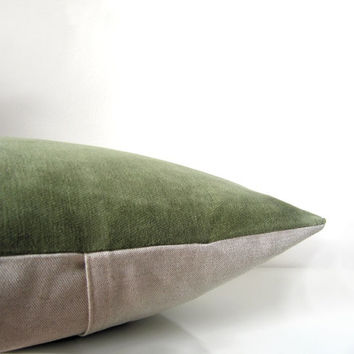 Green pillow: green velvet pillow in moss green and natural linen, velvet cushion cover, eco friendly housewares