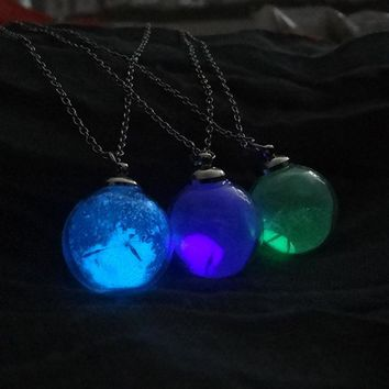 Glow In The Dark Dandelion Seeds Crystal Necklace