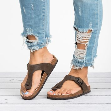 Footbed Thong Sandals - Brown