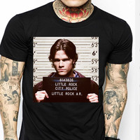 Sam Supernatural Winchester Fbi Wanted TV Mens T-shirt Black and White