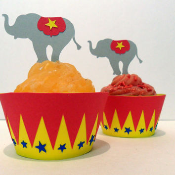 Circus Cupcake Wrappers AND Toppers 12 Pick by cakeadoodledoo