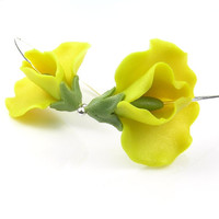 Yellow sweet peas - handmade polymer clay earrings - polymer clay jewellery - floral earrings