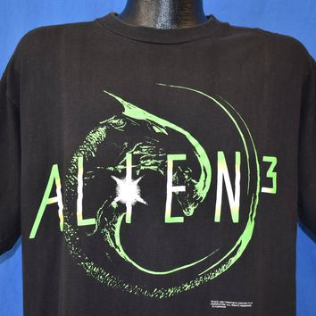 90s Alien 3 The B@#$% Is Back Sci Fi Movie t-shirt Large