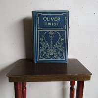 1900's Rare James Nisbet and Co Victorian Edition- Oliver Twist Charles Dickens Hardcover Fictional Book w-Embossed Covers