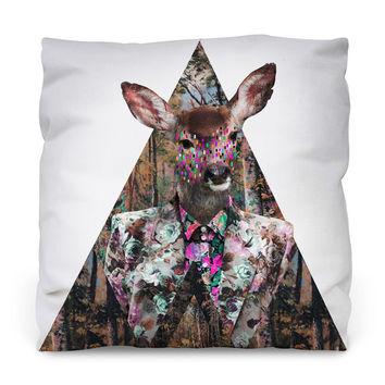 Bosque Throw Pillow