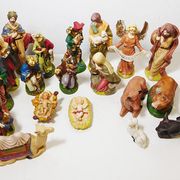 Nativity Scene Figurines Wise Men Baby Jesus Mary Joseph Angel Shepard Farm Animals Ox Cow Lamb Camel Lot Replacement Parts Statues Ceramic