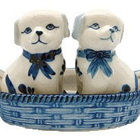 Dog Salt and Pepper Shakers: Dogs/Basket