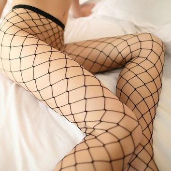 2017 Hot Selling Women's Long Sexy Fishnet Stockings Fish Net Pantyhose Mesh Stockings Lingerie Skin Thigh High Stocking