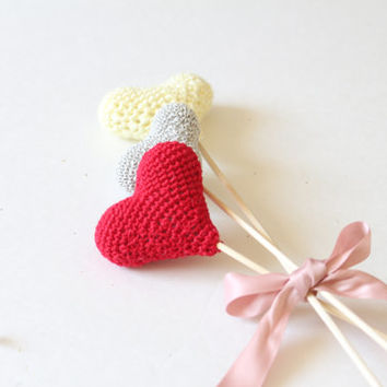Crochet Heart, Valentine toy, party Favor heart,  Vase Decor, Wedding Cake Topper, Wedding decorations - Birthday table decoration