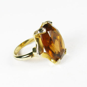 Vintage Ring with Amber Cabochon, Adjustable Size / Amber Cocktail Ring - Bague de Strass.