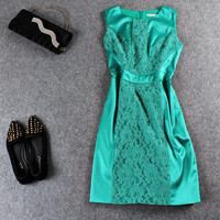 Green Lace Embroidered Zipper Back Sleeveless Mini Dress
