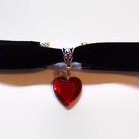 BLACK VELVET CHOKER necklace with a red heart charm pendant gothic emo kitsch rockabilly psychobilly