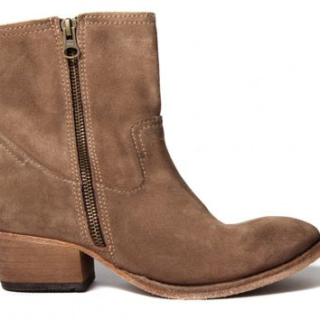 Riley Suede Beige ($315.00) - Riley is one of the ladies favourite ankle boots, the design is simple enough to wear everyday but with such high quality you'll look chic wherever you go. This beige suede option is a great foundation to any outfit.Classic in