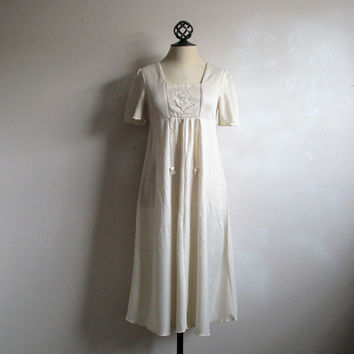 Vintage Cream 1960s Dress Shimmer Boho Summer Casual 60s Dress Small 36