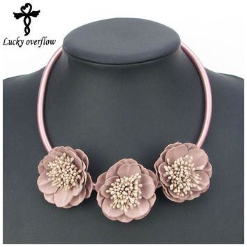 2018 New Handmade 5 color Fabric Flower Elegant Statement Choker Necklace Leather Fashion Jewelry Pendants Girl Christmas Gift