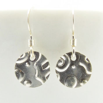 Sterling Silver Abstract Pattern Disc Earrings, Minimalist Womens Disc Earrings, Circle Coin Earrings