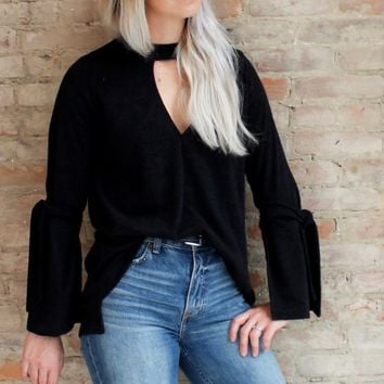 Naomi Choker Knit Top - black