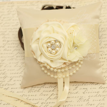 Ivory Ring Pillow attached to Dog collar, Dog ring bearer