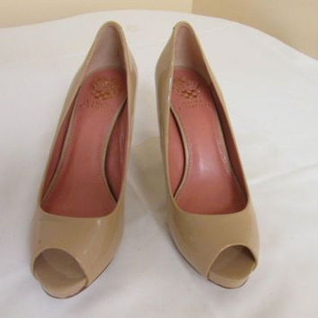 Vince Camuto Ashlynn Smooth Patent Leather Open Toe Heels Blush 7.5 M