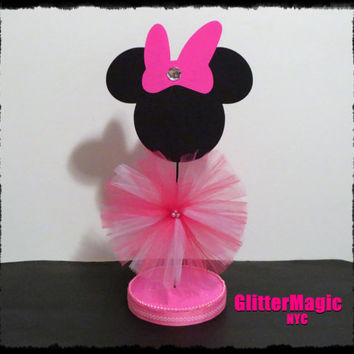 1 pink minnie mouse centerpiece minnie from glittermagic23s on rh wanelo co Minnie Mouse Centerpieces Homemade Minnie Mouse Birthday Centerpiece