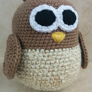 Crochet Owl Cream Soft Toy. Soft and cuddly! Gift for Baby. Heart wings.
