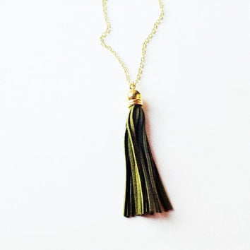 Tassel necklace, dark green tassel necklace, tassel jewelry, colorful jewelry, dark green  necklace, layering necklace, statement necklace