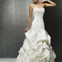 Buy discount Beautiful Elegant Satin Ball Gown Strapless Wedding Dress In Great Handwork at dressilyme.com