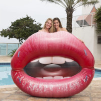 Luscious Lips Lounger