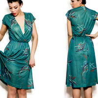 Vintage 1970s L / XL Sheer Green Dress w/ Abstract by Lovewore