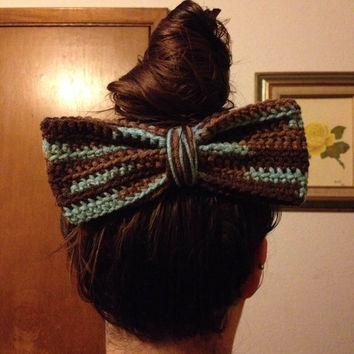 Crochet Mulitcolor Hair Bow / Bow Hair Clip / Huge Multicolor Hair Bow / Womens Hair Bow / Girls Hair Bow / Fashion Hair Bow