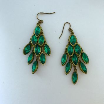 Evergreen Earrings🌲