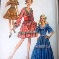 Simplicity  8875 Pattern for Misses' Dress in 2 Lengths with Waist Cincher, Size 12, From 1970
